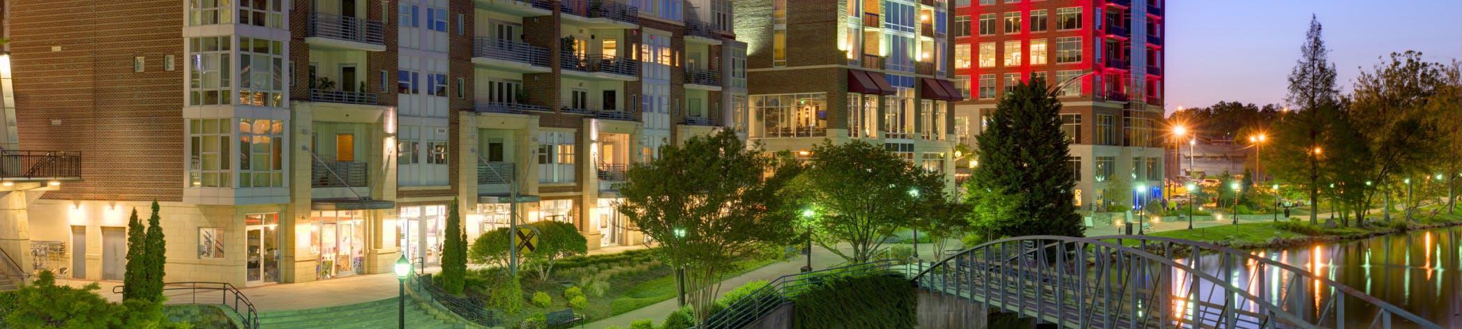 Last Minute Hotel Deals in Greenville - HotelTonight