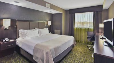 Holiday Inn Express Winnipeg Airport Polo Park