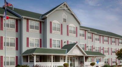 Country Inn & Suites by Radisson, Waterloo, IA