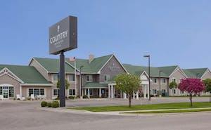 Country Inn & Suites by Radisson, Willmar, MN