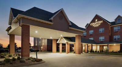 Country Inn & Suites by Radisson Coralville