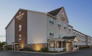 Country Inn & Suites by Radisson, Elyria, OH