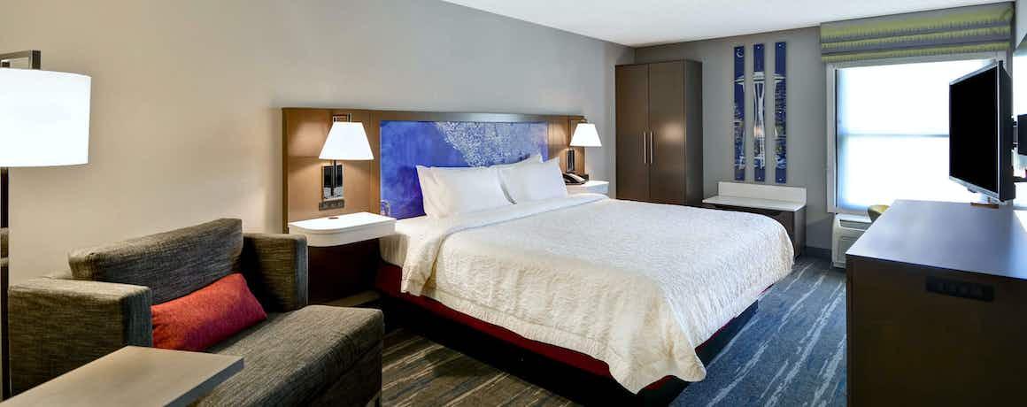 Hampton Inn & Suites Seattle Southcenter