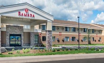 Ramada by Wyndham Minneapolis Golden Valley