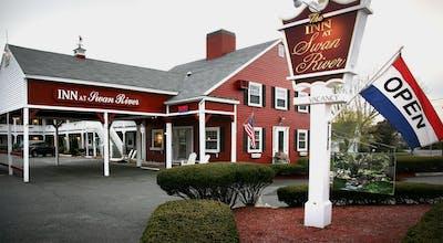Inn At Swan River