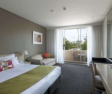 Coogee Sands Hotel And Apartments Around Me Au Nsw Hoteltonight