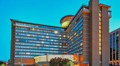 DoubleTree by Hilton Washington DC - Crystal City