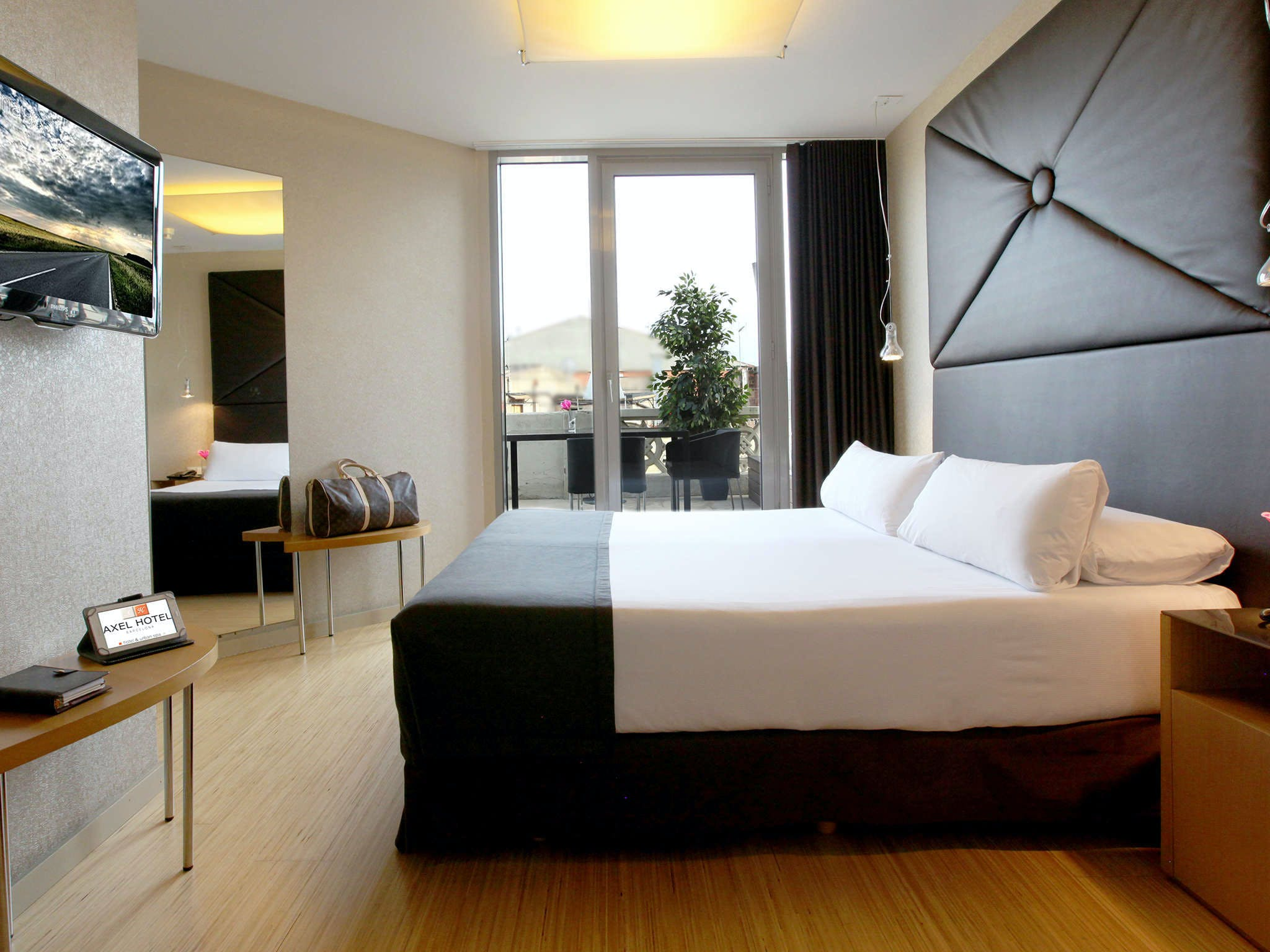 Axel Hotel Barcelona - Adults Only