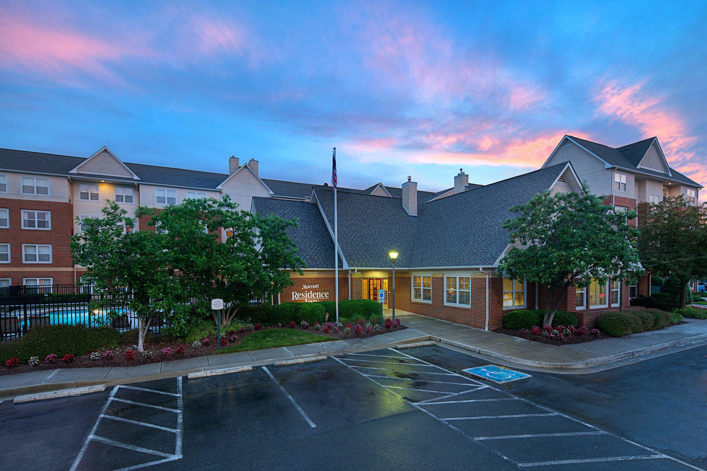 Residence Inn by Marriott Richmond Northwest