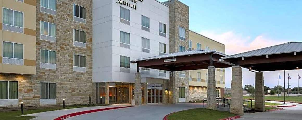 Fairfield Inn & Suites by Marriott Decatur at Decatur Conference Cente