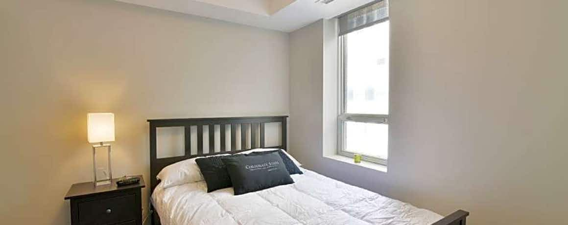 Lisgar Street Apartments by CorporateStays