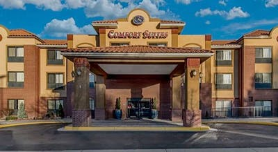 Comfort Suites Lakewood - Denver