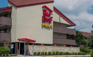 Red Roof PLUS+ Secaucus - Meadowlands - NYC