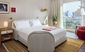 Virgin Hotels Dallas - Deluxe King Suite