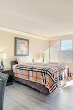 APM Inn & Suites