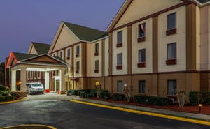 Red Roof PLUS+ and Suites Atlanta Airport South