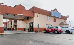 OYO Hotel Brownsville TN I-40
