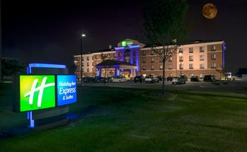 Holiday Inn Express Hotel & Suites North Troy