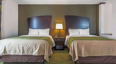 Comfort Inn & Suites Moore - Oklahoma City