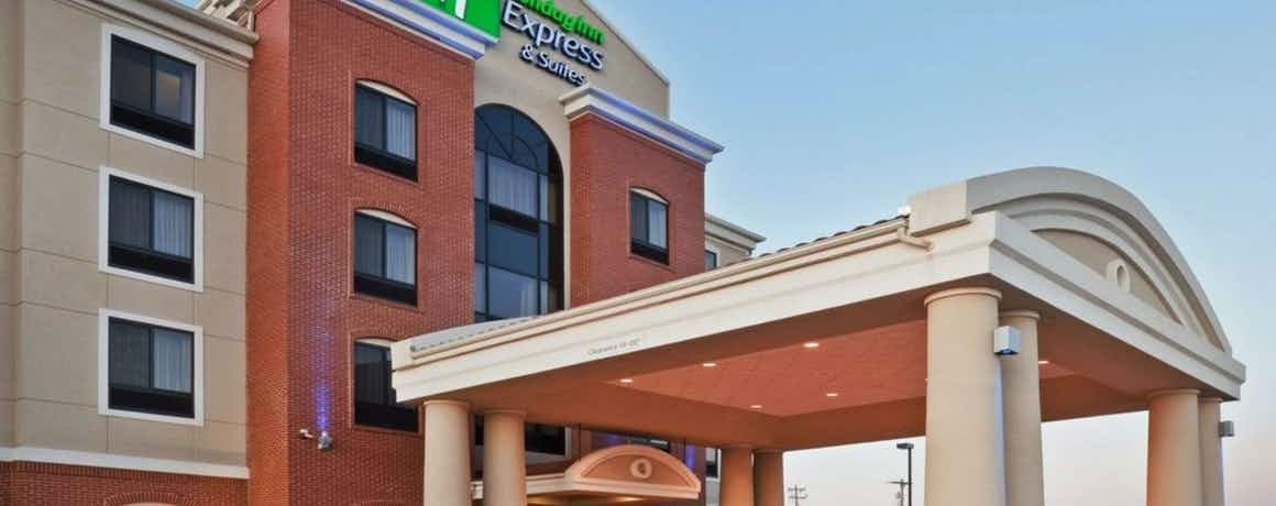 Holiday Inn Express Hotel & Suites Lubbock South