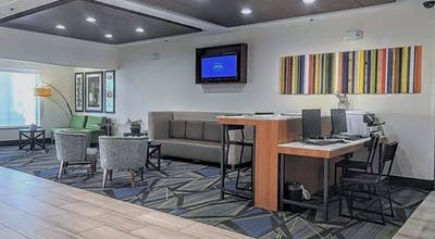 Holiday Inn Express & Suites Hearne, an IHG Hotel