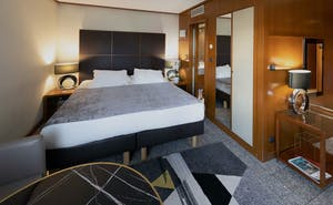 Goldstar Suites