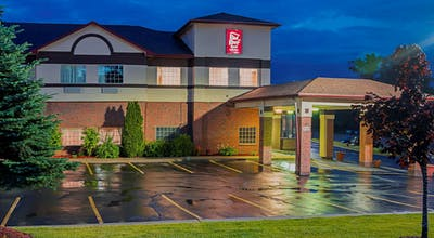 Red Roof Inn & Suites Lake Orion/ Auburn Hills