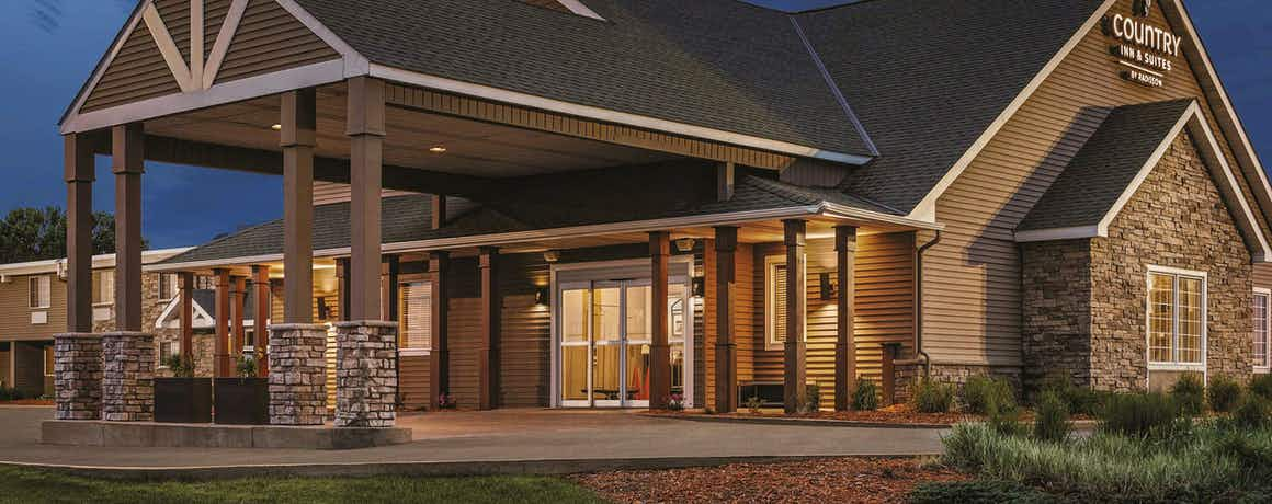 Country Inn & Suites by Radisson, Woodbury, MN