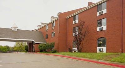 OYO Hotel Edmond - University of Central Oklahoma