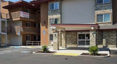 Red Roof Inn & Suites Sacramento North