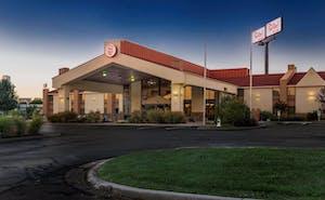 Red Roof Inn & Suites Cincinnati North - Mason