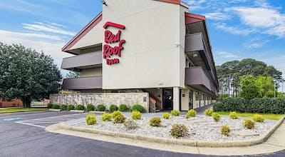 Red Roof Inn Hampton Coliseum & Convention Center