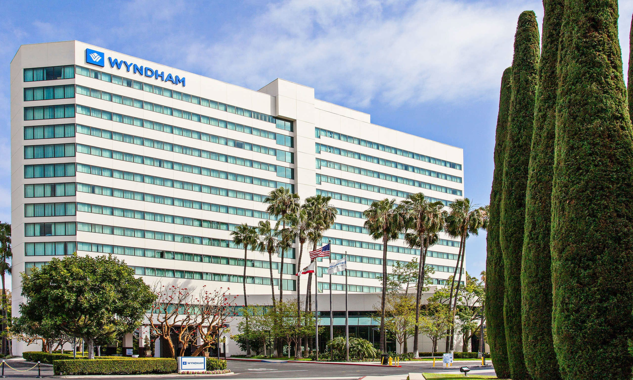 Wyndham Irvine Orange County Airport