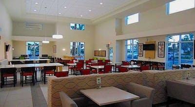 Holiday Inn Express & Suites Boynton Beach West, an IHG Hotel