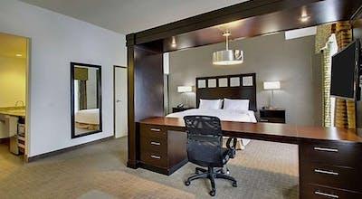Hampton Inn and Suites Shreveport/South