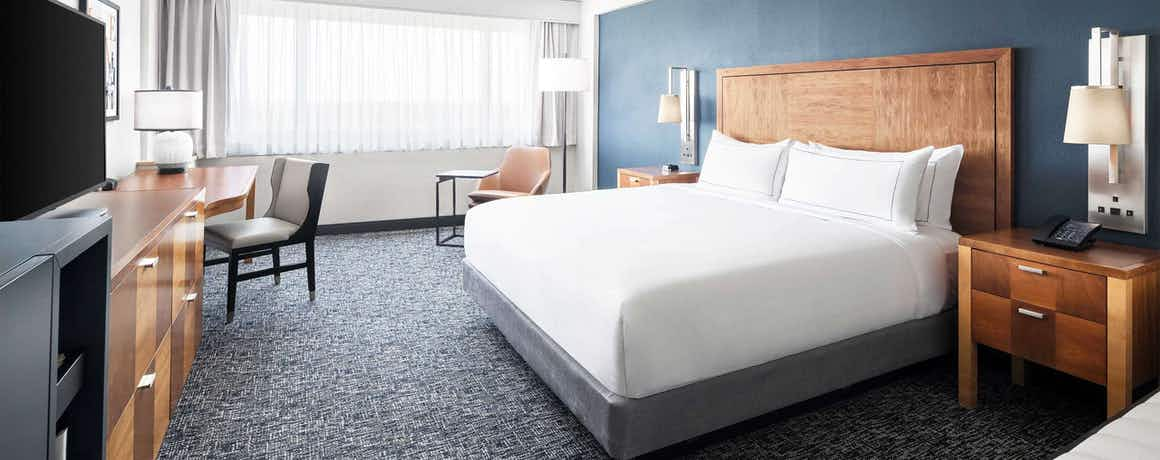 Alloy – A Double Tree by Hilton