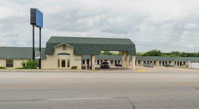 OYO Hotel Three Rivers TX US-281