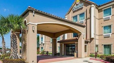 Comfort Inn And Suites Winnie