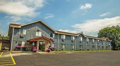 Americas Best Value Inn & Suites Detroit Lakes
