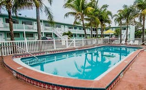 Econo Lodge Cocoa Beach - near the Port