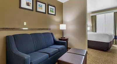 Comfort Suites Waco North - Near University Area