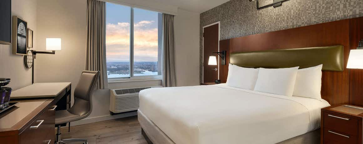 DoubleTree by Hilton New York - Downtown