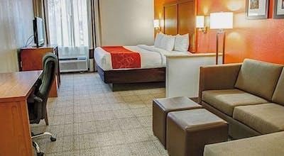 Comfort Suites Tyler South