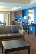 Holiday Inn Express Hotel & Suites Tacoma Downtown