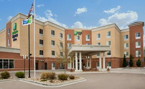 Holiday Inn Express Hotel & Suites Thornton