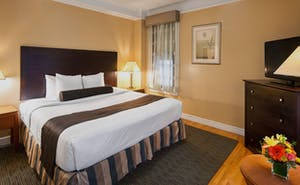 Best Western Plus Hospitality House Apartments