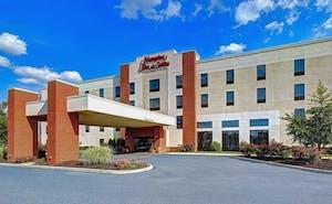 Hampton Inn & Suites Harrisburg/North, PA
