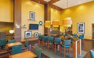 Hampton Inn & Suites Chesapeake-Square Mall