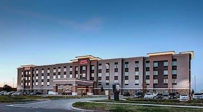 Hampton Inn & Suites-Wichita/Airport, KS
