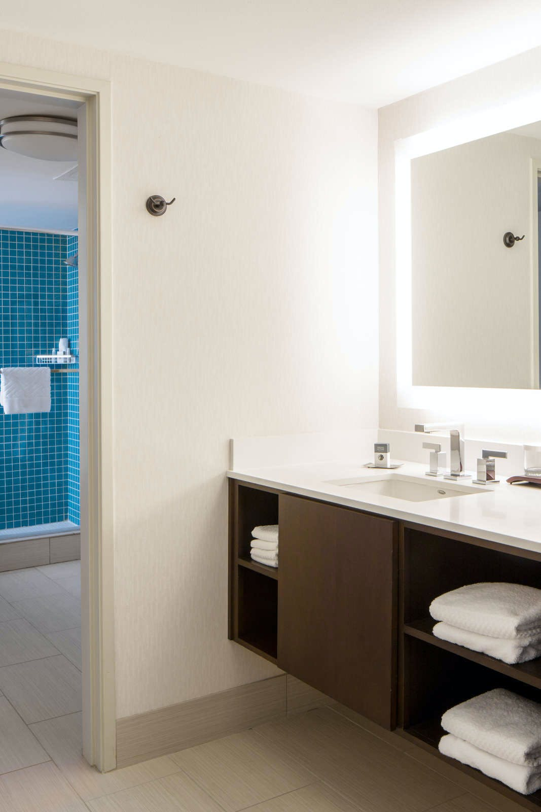 Doubletree Guest Suites Doheny Beach Dana Point